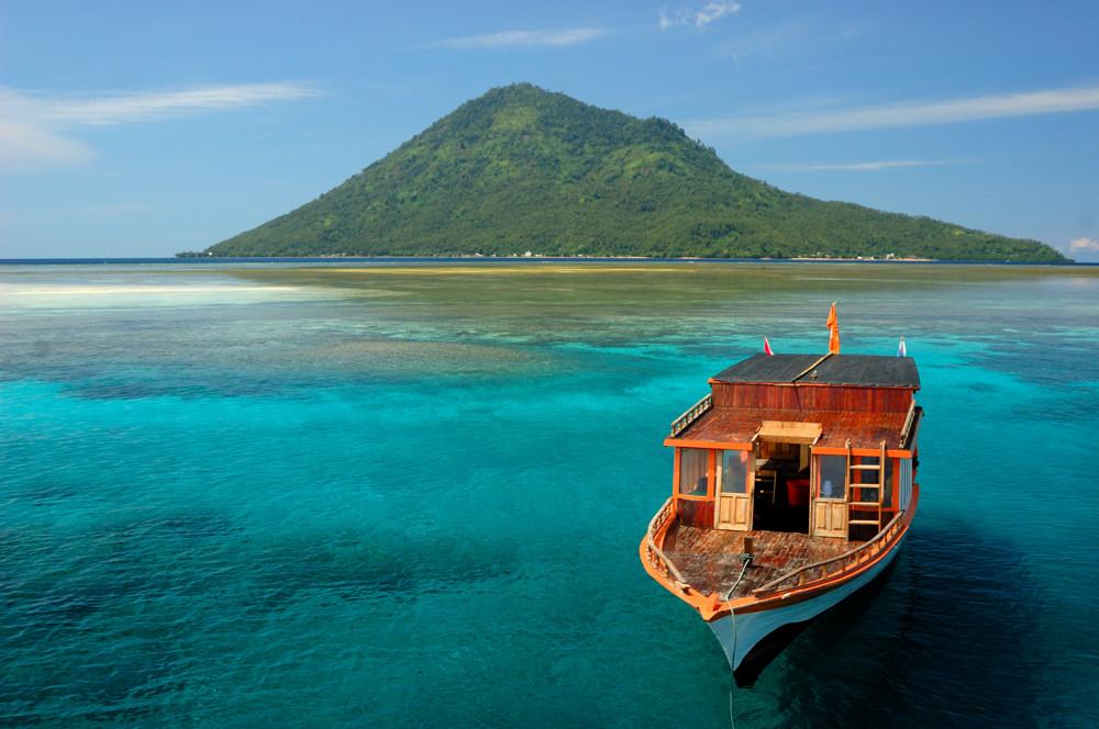 Manado Tua Island – Tantular