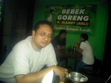 Profile Picture of Agung Purwono